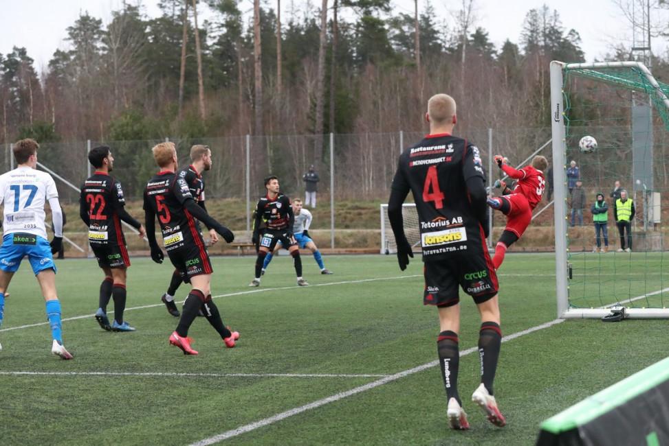 2020-11-28-IFK-Varnamo-Assyriska-Turbadin-18